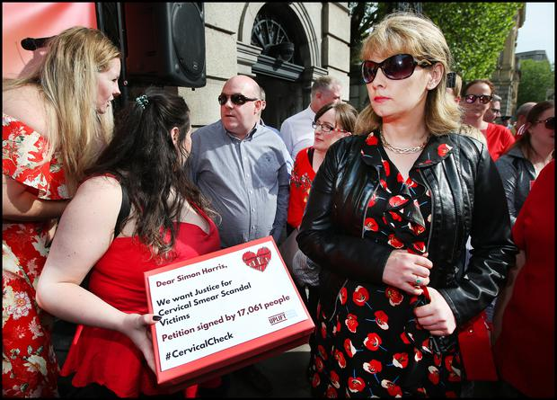 "Emma Mhic Mhathuna during the Cervical Check Scandal protest in the Dail. Photo: Steve Humphreys ""title ="" Emma Mhic Mhathuna during the Cervical Check Scandal protest in the Dail. Photo: Steve Humphreys ""width ="" 620 ""height ="" 446 ""rel ="" nofollow"